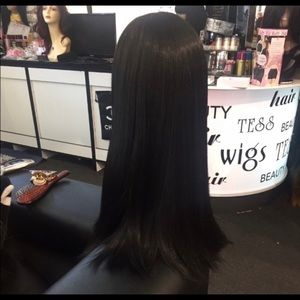 Accessories - Black lacefront wig